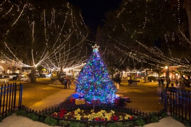 St Augustine Christmas Lights Tour 2021 St Augustine S Famous Nights Of Lights Sand Dollar Condominiums
